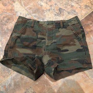Forever 21 camo shorts